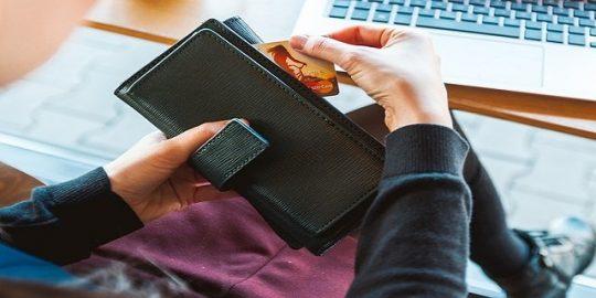 Kelebihan Dan Kekurangan Kartu Kredit, Anda Harus Tahu!