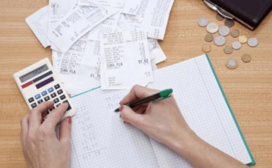 Mengatur keuangan rumah tangga Yang Baik