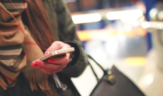 Kelebihan dan Kekurangan Mobile Banking dan Tips Menggunakannya